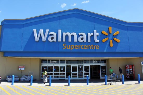 Warren Buffett's Berkshire Hathaway Is Cashing Out of Walmart