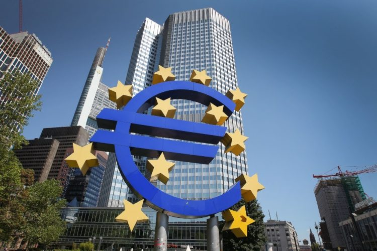 Europe : Time for ECB to address bond squeeze draws closer