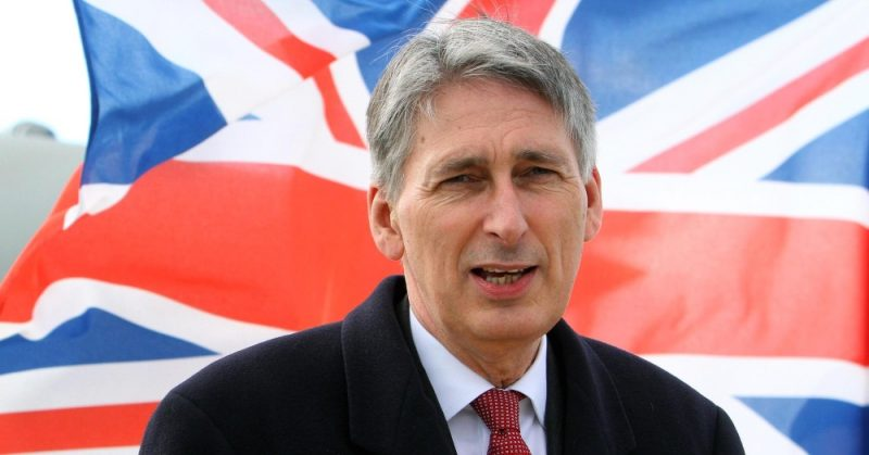 UK : Hammond aims to ease living standards squeeze, focus on budget