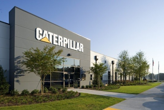 US : Caterpillar posts lower 2nd-quarter earnings, lowers 2016 outlook