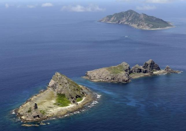 "China criticises Japan over ""dangerous"" jet scramble"