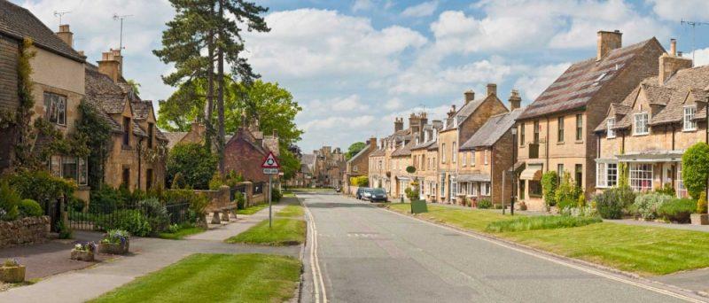 UK : Investors bail out of UK real estate on Brexit shock
