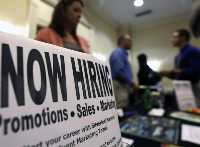 US : Unemployment Rate Drops in October, Wages Rise