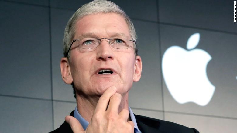 US : Apple's compensation tweak saved Tim Cook's $373 million payday