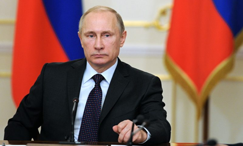 Putin says Russian economy stabilised, pledges budget deficit cuts