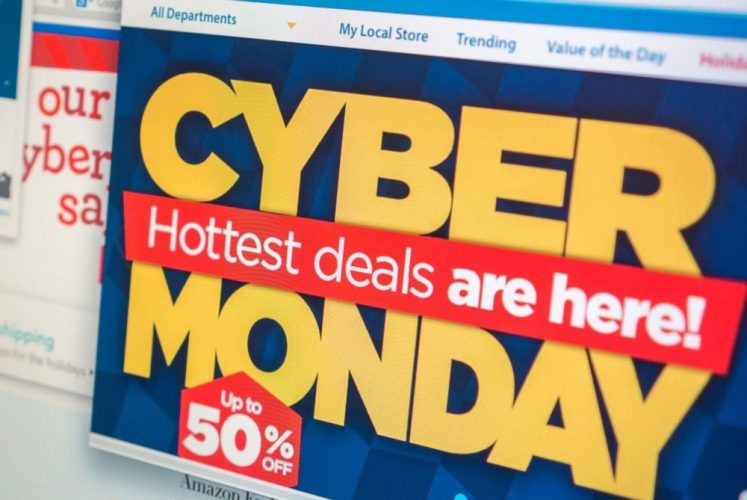 US : Early Cyber Monday sales point to 9 pct rise; fewer deals