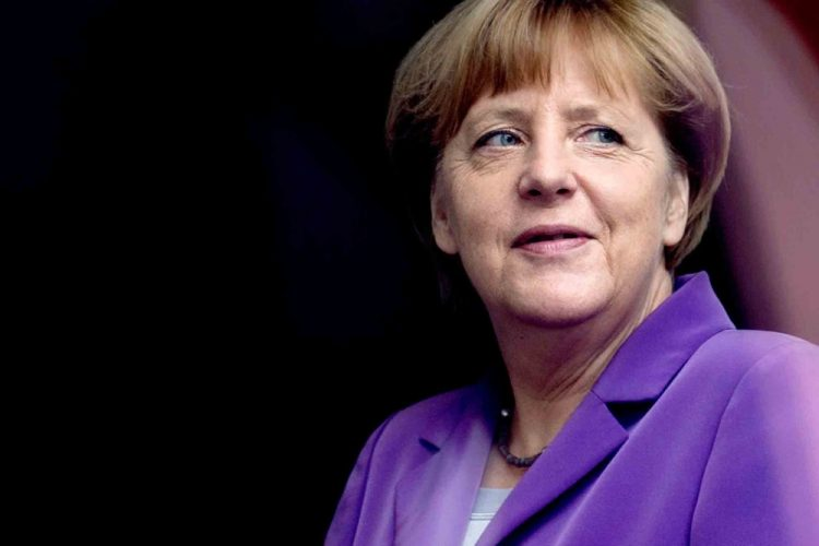 Germany : Merkel says G20 must tackle global steel glut