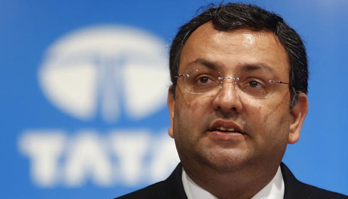 India : Tata Motors' independent directors give Chairman Mistry tacit nod