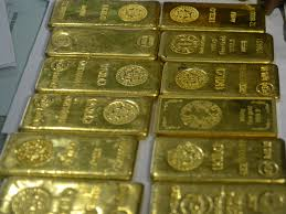 Gold glitters in India during festival of Akshaya Tritiya as prices dip